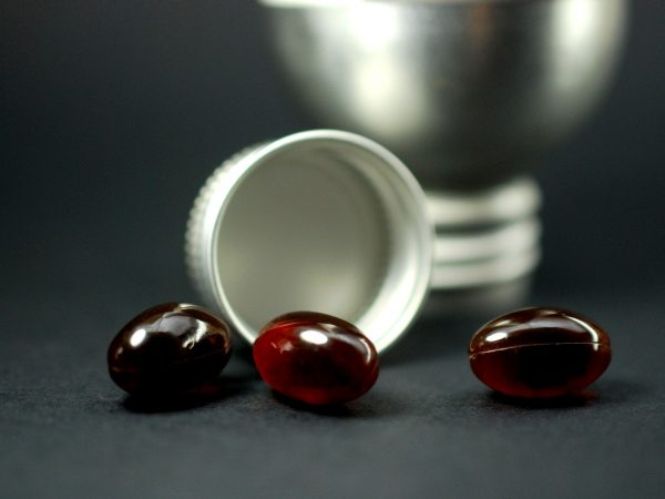 cold liver omega 3 capsules, image of a